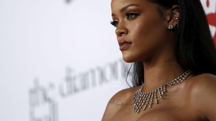 La chanteuse Rihanna à Santa Monica (Etats-Unis), le 10 décembre 2015. (MARIO ANZUONI / REUTERS)