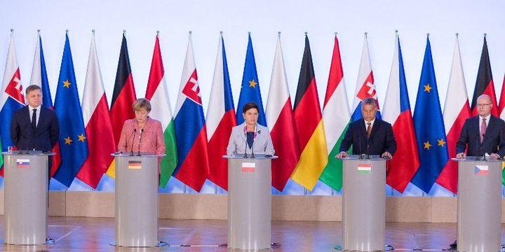 26 août 2016 à Varsovie. Sommet des membres de Visegrad, Bohuslav Sobotka, Robert Fico, Viktor Orban)avec Angela Merkel. (Mateusz Wlodarczyk / NurPhoto)