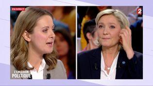 Charline Vanhoenacker et Marine Le Pen, le 9 février 2017 sur le plateau de France 2. (FRANCE 2)