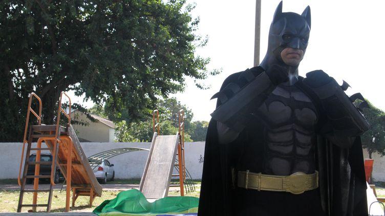 (Batman est devenu le symbole de la contestation sociale au Brésil © RF/GA)
