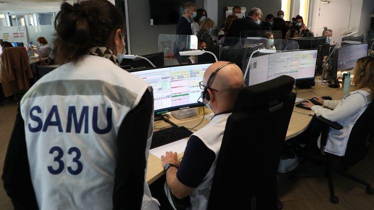 Le Samu du CHU de Bordeaux, le 17 mars 2021. (FABIEN COTTEREAU / MAXPPP)