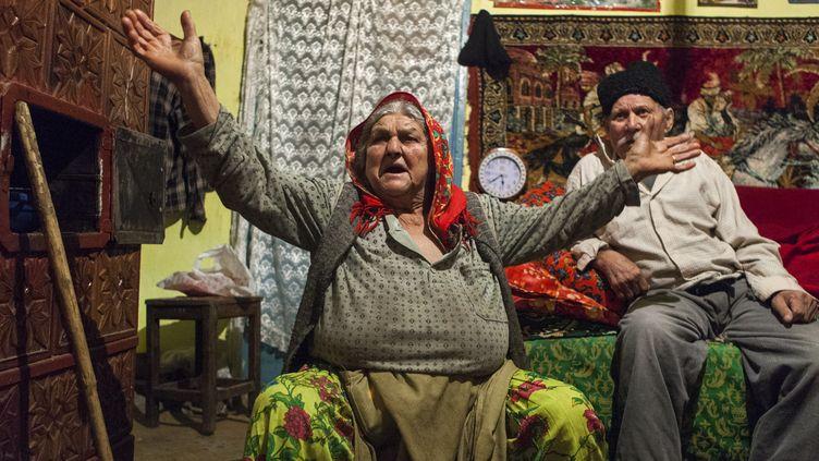 Diamanta et Ilie S., survivants roms du village de Lieşti, interviewés par Yahad-In Unum en 2013. (Victoria Bahr / Yahad-In Unum)