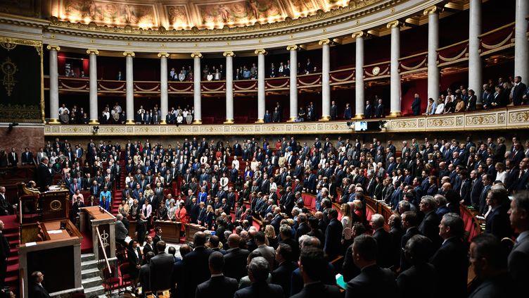 Les députés rendent hommage à Jacques Chirac, mardi 1er octobre 2019 à l'Assemblée nationale. (STEPHANE DE SAKUTIN / AFP)