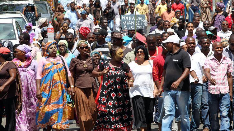 Manifestation de mahorais le 10 octobre dernier dans les rues deMamoudzou, chef-lieu du département. (RICHARD BOUHET/AFP)