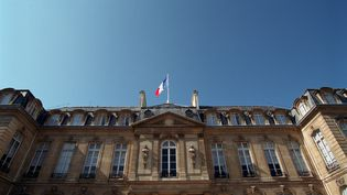 Le palais de l'lysée à Paris, le 17 juillet 2002. (ETIENNE DE MALGLAIVE / GAMMA-RAPHO)