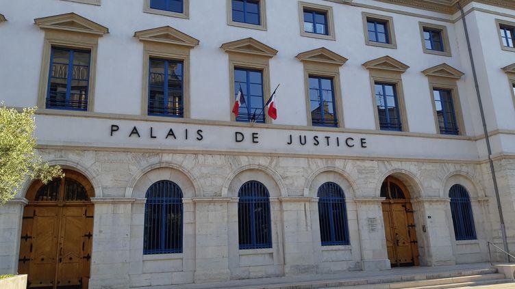 Palais de justice de Valence dans la Drôme. (FLORENCE GOTSCHAUX / FRANCE-BLEU DRÔME-ARDÈCHE)