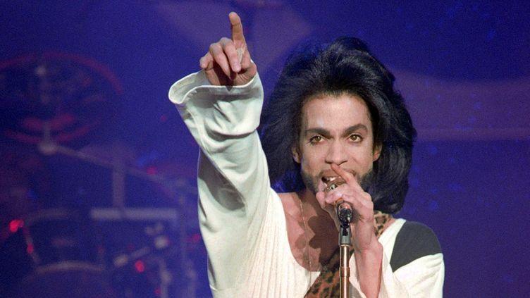 Prince en concert à Paris, au Princes, le 16 juin 1990  (Bertrand Guay / AFP)