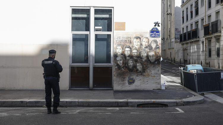 L'immeuble abritant les locaux de Premières Lignes,rue Nicolas Appert à Paris (11e arrondissement), le 26 septembre 2020. (OLIVIER CORSAN / MAXPPP)