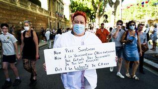Mobilisation contre le pass sanitaire et l'obligation vaccinale à Perpignan (Pyrénées-Orientales) le 17 juillet 2021 (NICOLAS PARENT / MAXPPP)