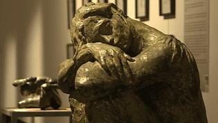 """Les sculptures de François Cacheux, rassemblées dans l'exposition """"Voyage au Pays de l'Apostat""""  (France 3 / Culturebox)"""