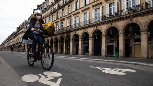 La Rue de Rivoli à Paris va bientôt être réservée aux cyclistes, a annoncé la maire de la capitale lundi 4 mai 2020. (ALEXIS SCIARD  / MAXPPP)