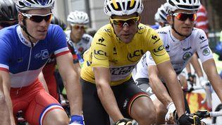Le coureur français Tony Gallopin, le 14 juillet 2014, entre Mulhouse et La Planche-des-Belles-Filles, pour la 10e étape du Tour de France. (ERIC FEFERBERG / AFP)