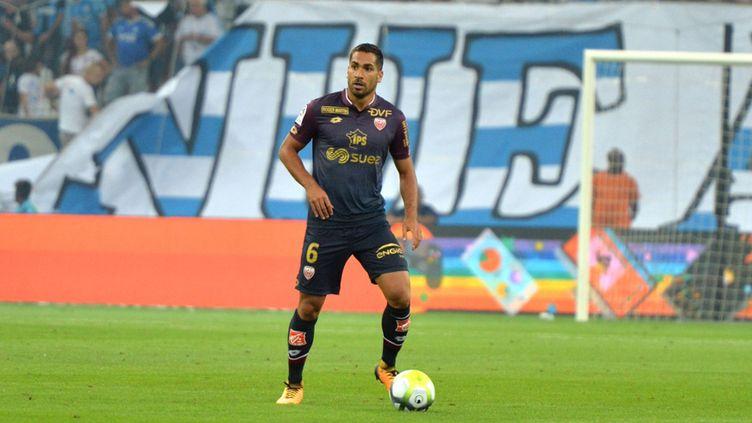 Wesley Lautoa