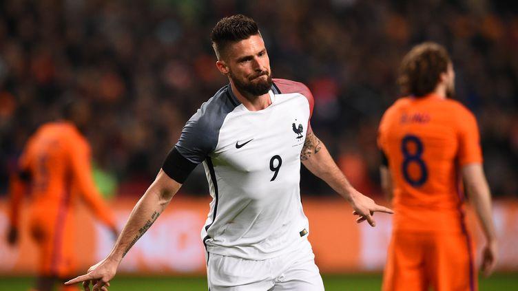 Olivier Giroud a trouvé le chemin des filets contre les Pays-Bas (FRANCK FIFE / AFP)
