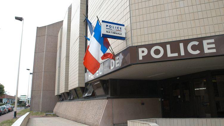 Commissariat de police de Cergy-Pontoise (Val-d'Oise). Photo d'illustration. (STEPHANE DE SAKUTIN / AFP)