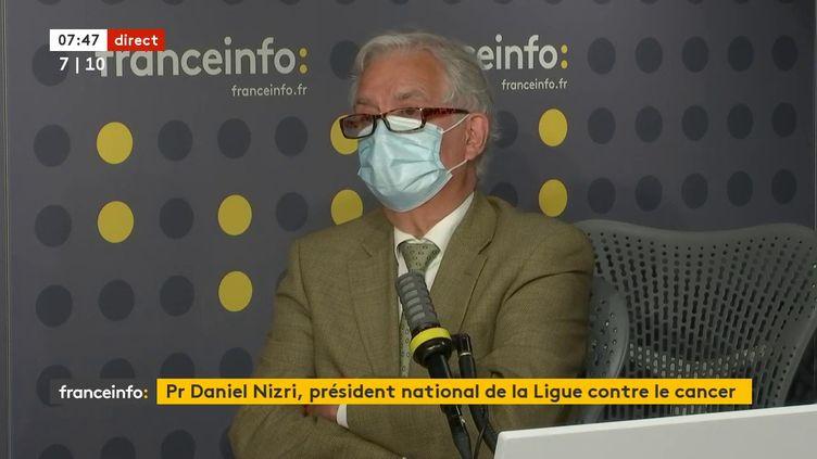 Le PrDaniel Nizri, président national de la Ligue contre le cancer, le 27 juillet sur franceinfo. (FRANCEINFO / RADIOFRANCE)