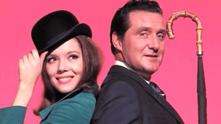 Emma Peel (Diana Rigg) et John Steed (Patrick McNee)  (Capture d'écran France 2/Culturebox)