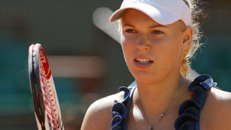 La N.1 mondiale Caroline Wozniacki, charme et efficacité