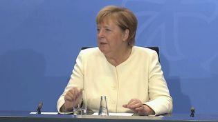 L'Allemagne s'apprête à referme un chapitre de son histoire avec l'élection d'un nouveau chancelier, dimanche 26 septembre. Il succèdera à Angela Merkel, à la tête du pays depuis 16 ans. (FRANCE 2)