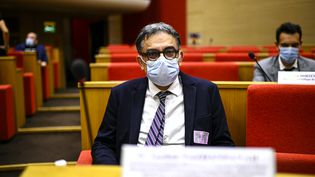 Yazdan Yazdanpanah, chef du servicedes maladies infectieuses de l'hôpital Bichat à Paris, le 15 septembre 2020. (CHRISTOPHE ARCHAMBAULT / AFP)