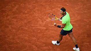 Rafael Nadal victorieux au 3ème tour de Roland-Garros face à Cameron Norrie. (CHRISTOPHE ARCHAMBAULT / AFP)