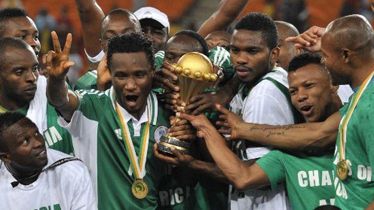 Le Nigéria fête sa conquête de l'Afrique. (ISSOUF SANOGO / AFP)