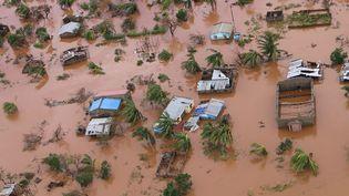 Vue de la ville de Buzi, au Mozambique, après le passage du cyclone Idai, le 20 mars 2019. (ADRIEN BARBIER / AFP)
