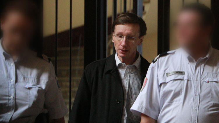 """Thierry Tilly, le manipulateur des """"reclus de Monflanquin"""", le 27 septembre 2012 au palais de justice de Bordeaux (Gironde). (FABIEN COTTEREAU / MAXPPP)"""