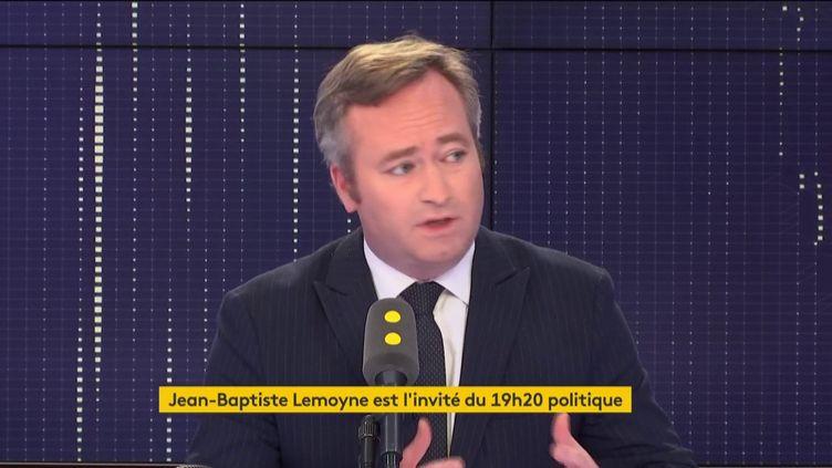 Le secrétaire d'État auprès du Ministre de l'Europe et des Affaires étrangères Jean-Baptiste Lemoyne était l'invité de franceinfo mardi 8 janvier 2018. (FRANCEINFO)