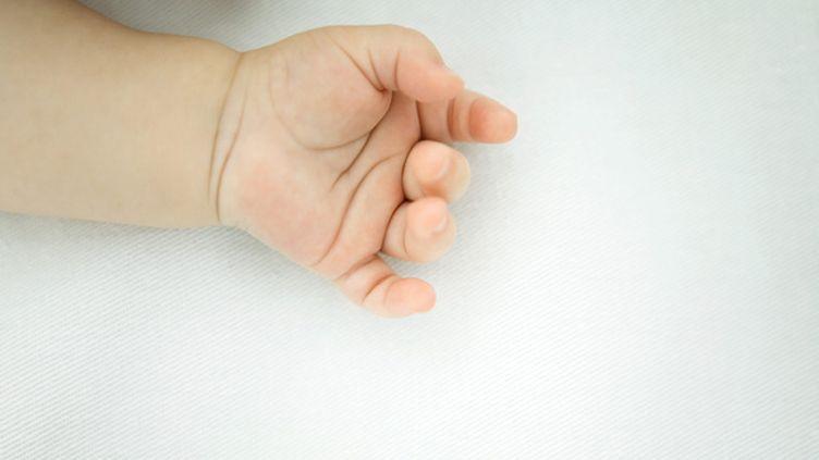 (Un homme est soupçonné d'avoir vendu plusieurs bébés roumains à des couples français © Maxppp)