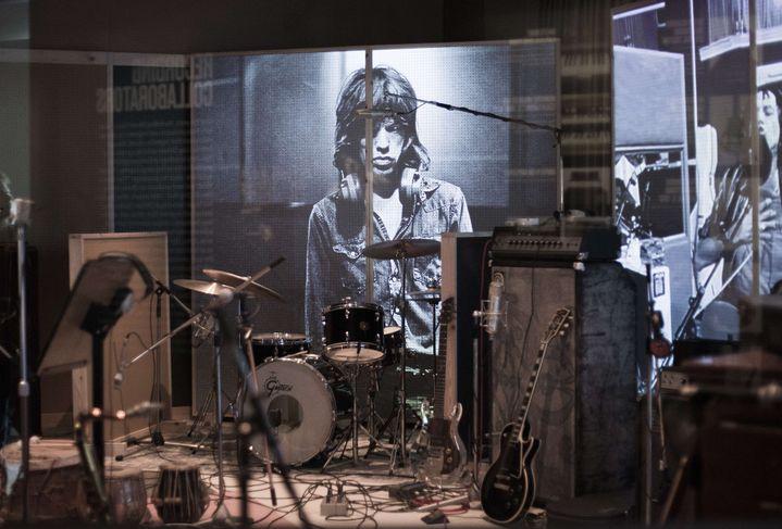 """La reconstitution du studio des Rolling Stones à l'exposition """"Exhibitionism"""".  (Joel Ryan/AP/SIPA)"""