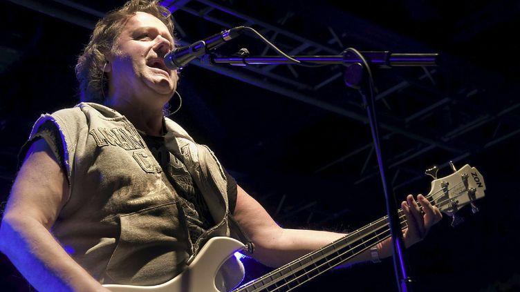 John Wetton, le chanteur et bassiste du groupe Asia lors d'un concert à Liverpool en 2008  (WENN/SIPA)