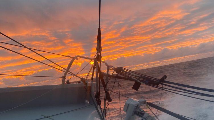 Coucher de soleil sur l'océan Indien au sud de l'Australie (Thomas Ruyant / TR Racing)