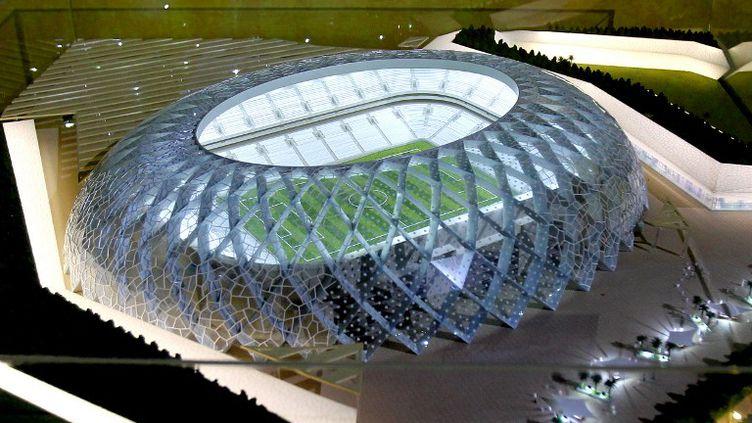 Le modèle du stade Al-Wakra, l'un des stades qui va être construit pour la Coupe du monde 2022. (KARIM JAAFAR / AFP)