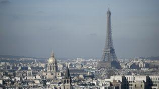 La tour Eiffel à Paris, le 14 mars 2017. (Photo d'illustration) (PHILIPPE LOPEZ / AFP)