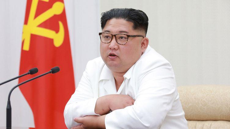 Le dirigeant nord-coréen Kim Jong-Un à Pyongyang (Corée du Nord), le 18 mai 2018. (KCNA VIA KNS)