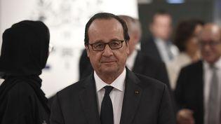 Le président de la République, François Hollande, le 2 décembre 2016 à Abou Dhabi (Emirats arabes unis). (STEPHANE DE SAKUTIN / AFP)