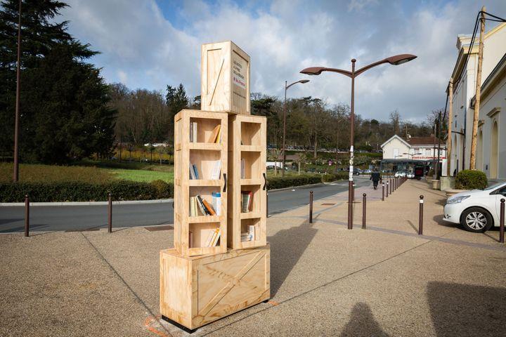 Voilà à quoi ressemble une des boîtes à livres de la région Ile-de-France.  (Vincent Loison/SIPA)