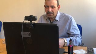 L'avocat syrien Anwar Al-Bunni à Berlin (Allemagne) le 23 février 2020 (LUDOVIC PIEDTENU / RADIO FRANCE)