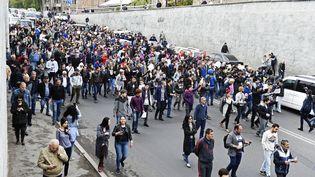 Une manifestation contrela nomination de l'ex-président Serge Sarkissian au poste de Premier ministre, à Erevan (Arménie), le 20 avril 2018. (ASATUR YESAYANTS / SPUTNIK / AFP)