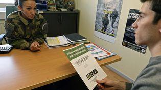 Un jeune candidat au Cirfade Lyon, le 19 novembre 2015. (GUIOCHON STEPHANE / MAXPPP)