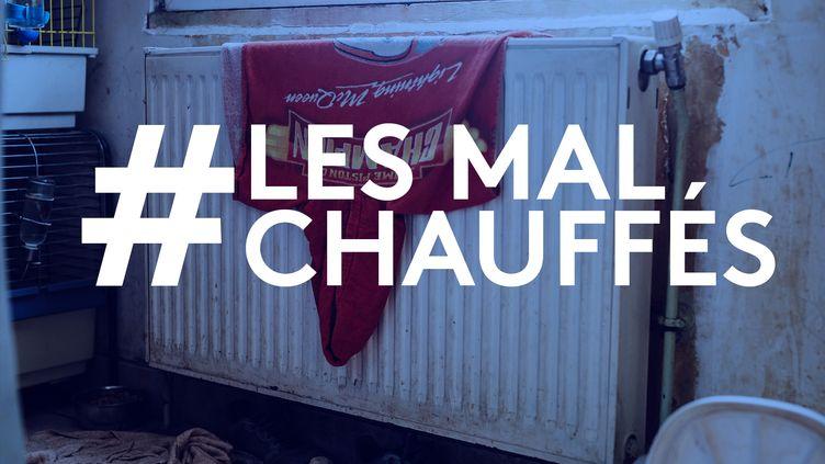 Une serviette à capuche sèche sur le radiateur d'une famille en situation de précarité énergétique, en janvier 2020, à Berneuil-sur-Aisne (Oise). (PIERRE MOREL / PIERRE-ALBERT JOSSERAND / FRANCEINFO)