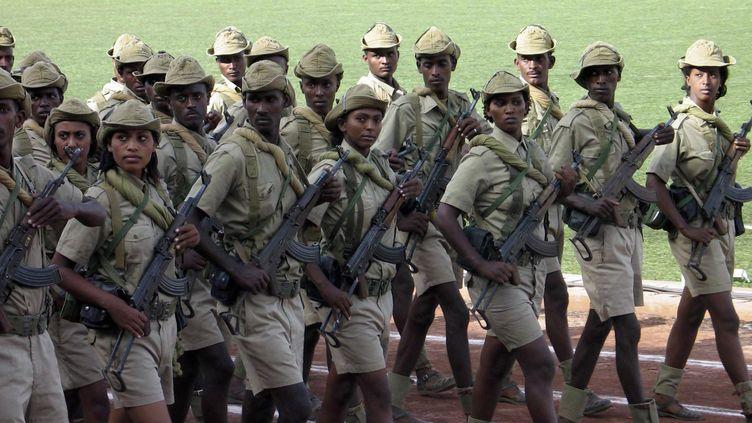 Défilé de jeunes soldats erythréens à Asmara, le 24 mai 2007. (Photo Reuters/Jack Kimball)