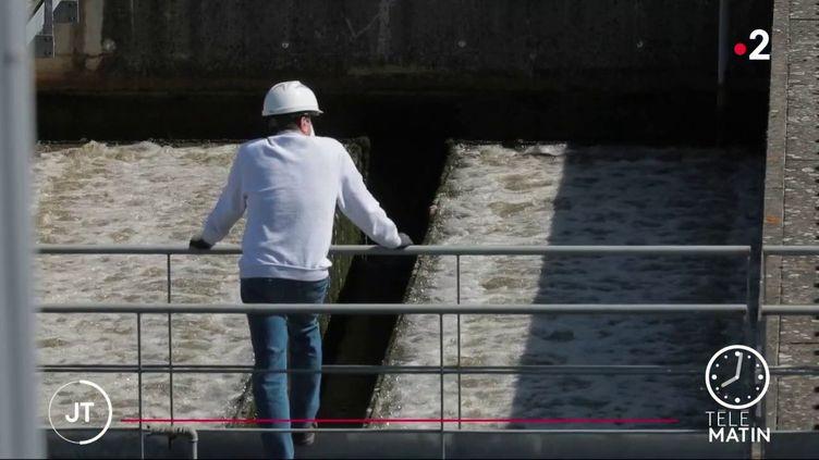 Les eaux usées analysées en Seine-Saint-Denis (France 2)