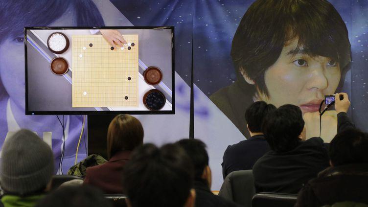 (Ce succès d'Alphago marque une nouvelle étape dans le développement de l'intelligence artificielle © MaxPPP)