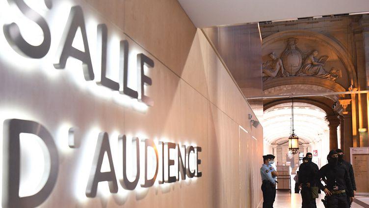 Le Palais de justice de Paris, où se tient depuis le 8 septembre 2021 le procès des attentats du 13-Novembre. (ALAIN JOCARD / AFP)