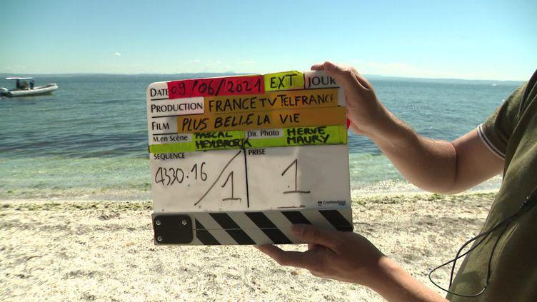 La première saga estivale de Plus belle la vie en tournage à Martigues, Bouches-du-Rhône. (CAPTURE D'ÉCRAN FRANCE 3 / Pauline Guigou)