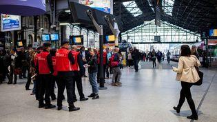 La gare Saint-Lazare, à Paris, lors d'une grève, le 1er juin 2016. (RODRIGO AVELLANEDA / ANADOLU AGENCY)
