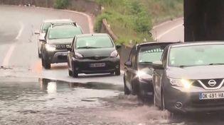 Intempéries : d'importants dégâts après les orages, 28 départements toujours en alerte orange (France 3)