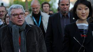 Fleur Pellerin à Bourges, avec le directeur du Printemps Daniel Colling (29 avril 2015)  (Guillaume Souvant / AFP)